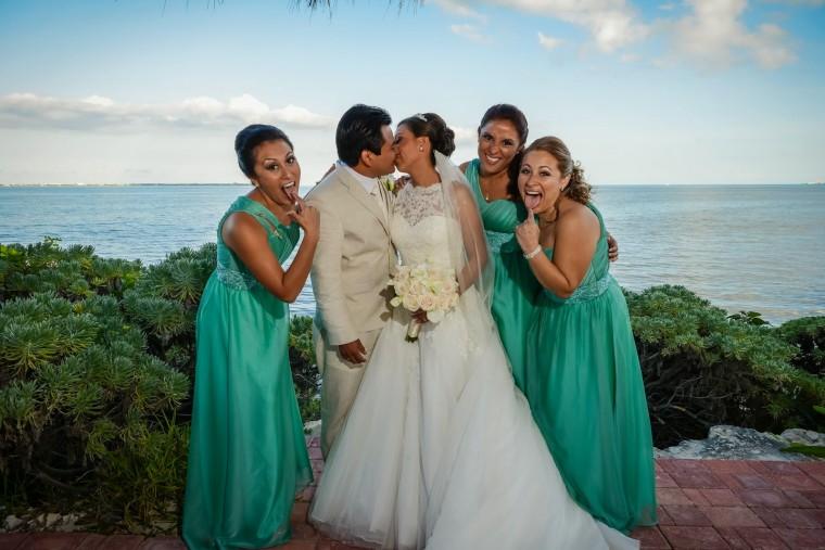 Bodas en la playa decoraci n en gris y verde menta for Decoracion en cancun